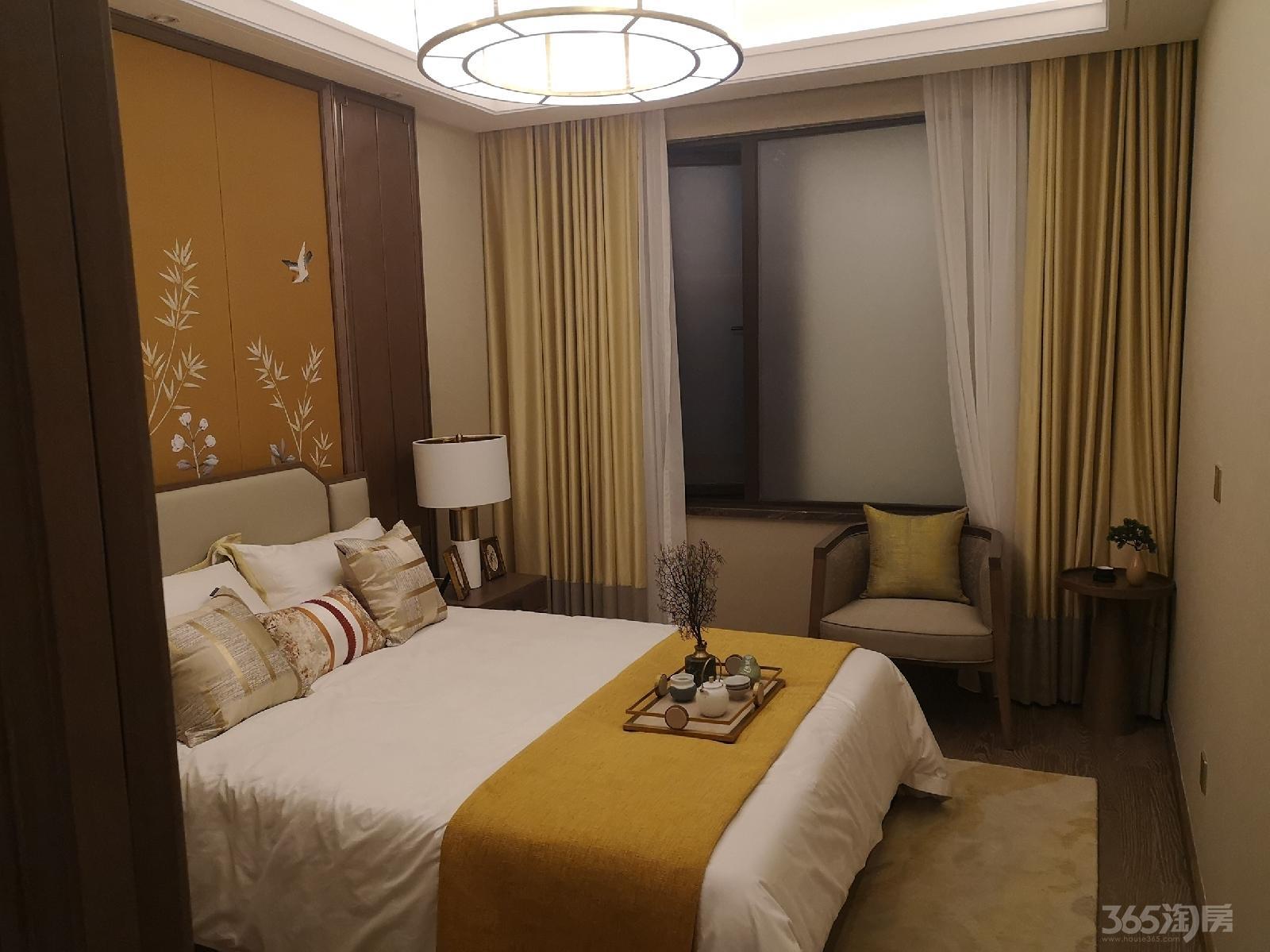 碧桂园鼎龙湾3室2厅2卫89平米精装产权房2011年建满五年