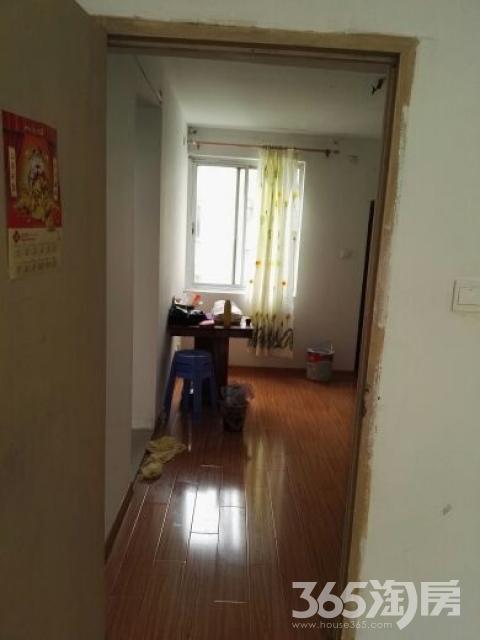 渡春花园2室1厅1卫75平