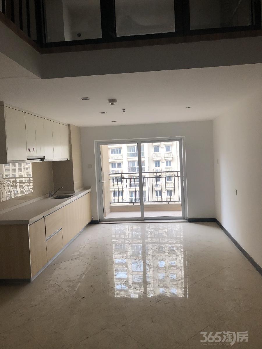 碧桂园凤凰城2室1厅1卫58平米精装产权房2015年建满五年