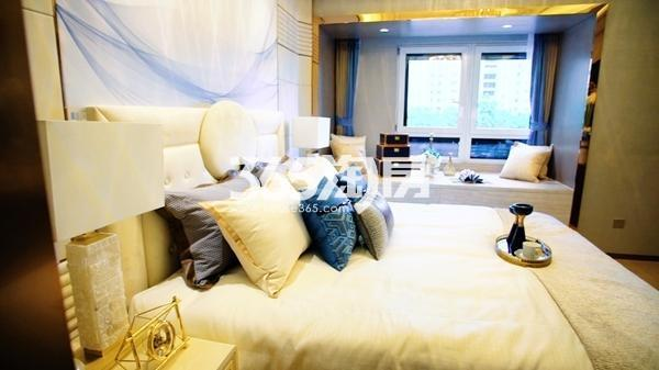 九龙仓碧玺128平样板间卧室
