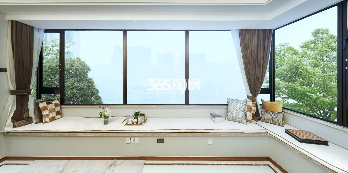 新城香悦公馆A2户型110方样板房——飘窗