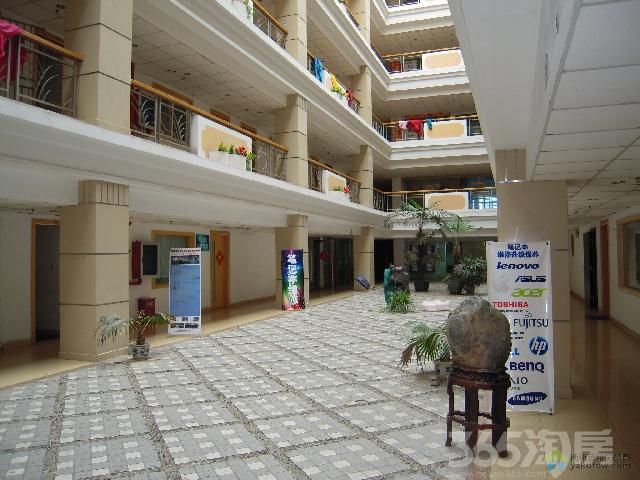 堡尼商务大厦110.88�O2010年可注册公司精装