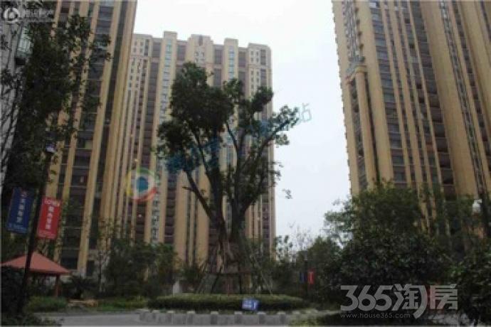 朝辉东方城6室2厅3卫215.46平米毛坯产权房2016年建