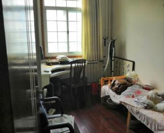 琥珀山庄和谐家园 精装四室两厅 实图 市政供暖 急售