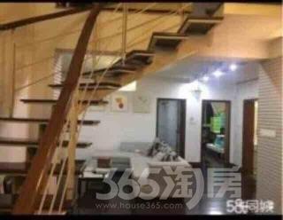 钟楼万福花园2室2厅2卫148.8�O