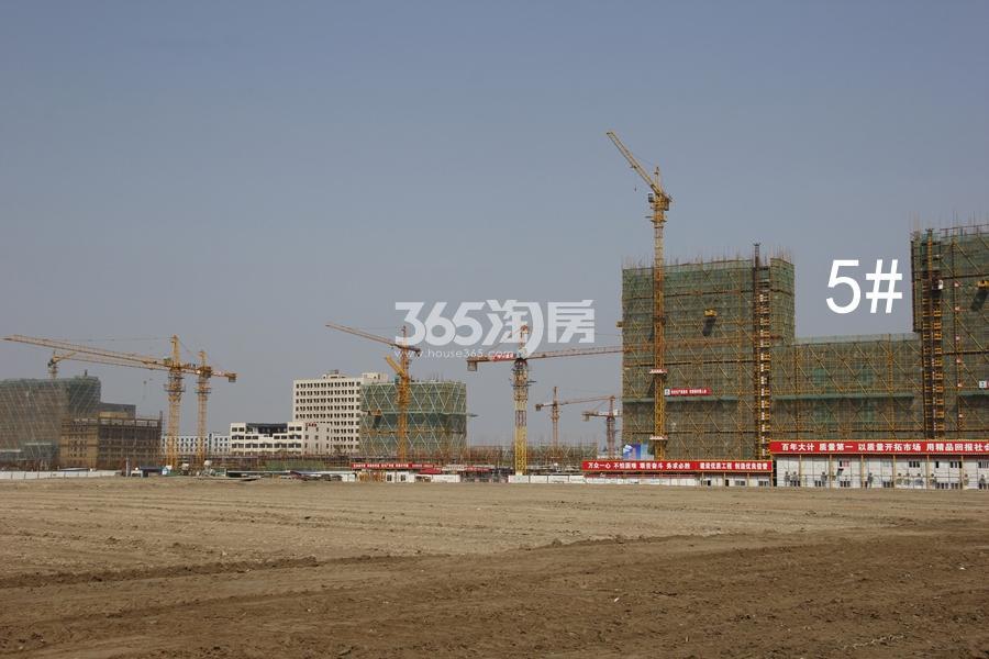 中南君奥时代5号楼施工实景图 2018年3月摄
