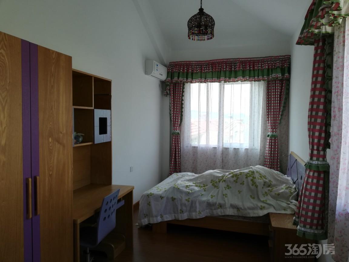 碧桂园・如山湖城4室2厅2卫149平送家具大院子