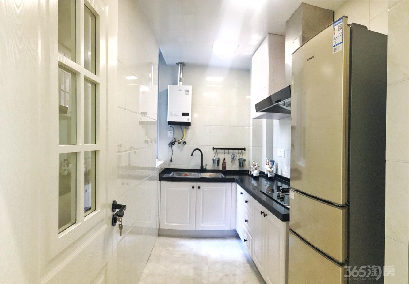 城开新都雅苑3室1厅1卫88.4平米精装产权房2017年建