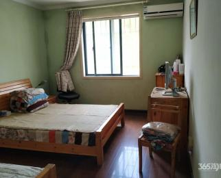 金粟佳园3室2厅2卫2005年建