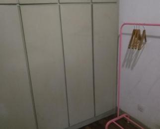 溪北新村2室1厅1卫18平米合租简装