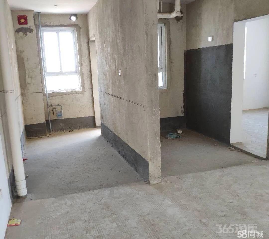 天逸华府杏园3室2厅2卫131.64平米
