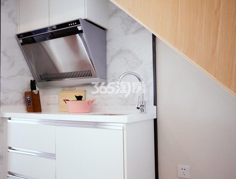 和昌云潮38方样板房——厨房