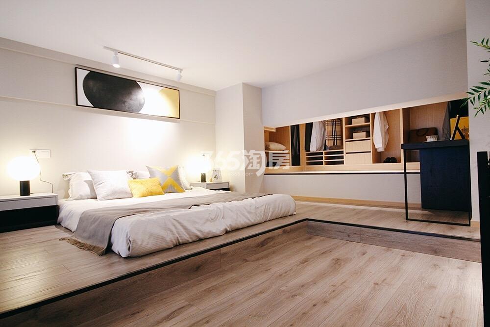 和昌云潮42方样板房——卧室