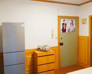 钟阜大厦2室1厅1卫61㎡整租精装