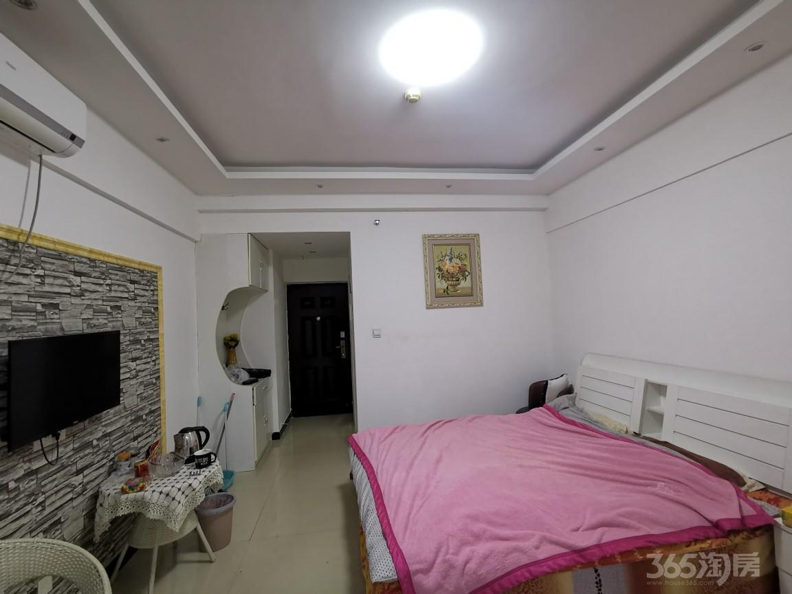 新乡宝龙钻石1室1厅1卫42平米整租精装
