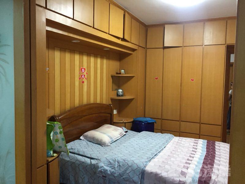 康安里小区2室2厅2卫69平米简装产权房2000年建