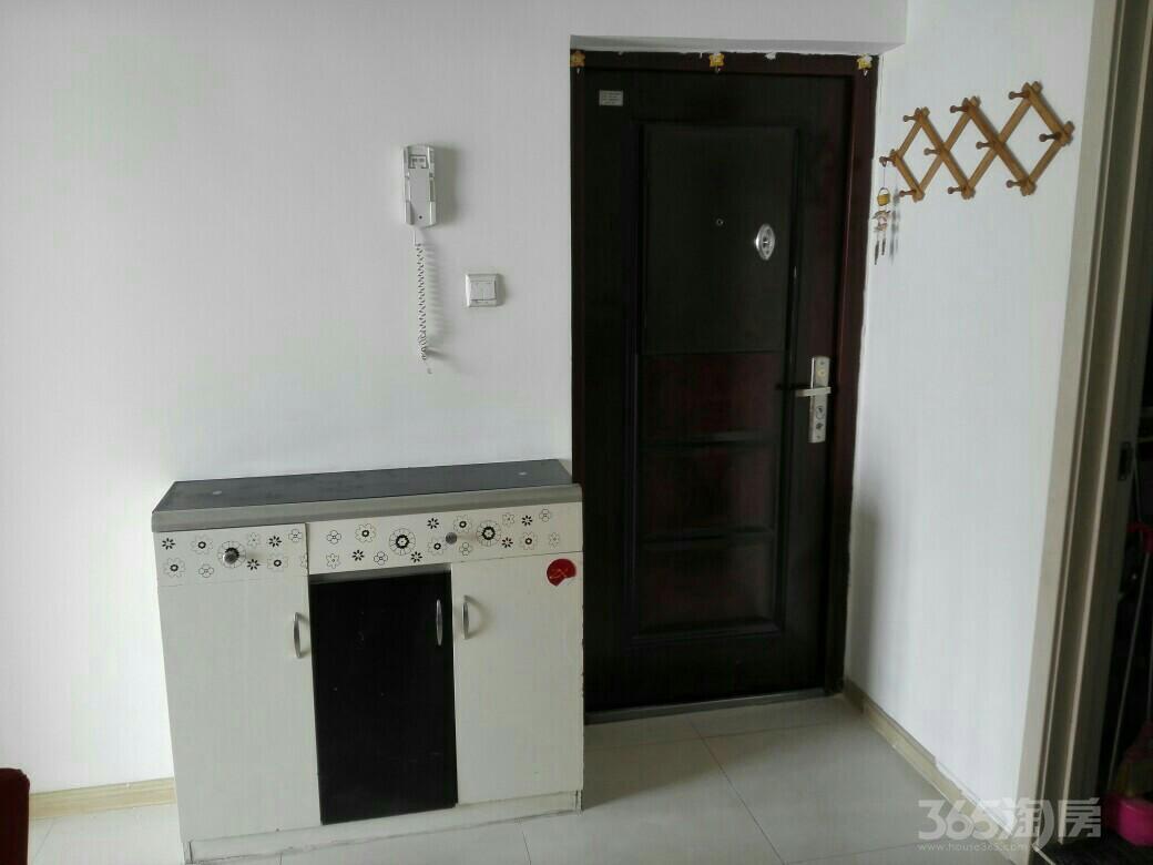 白领双星1室1厅1卫51.55平米2009年产权房精装