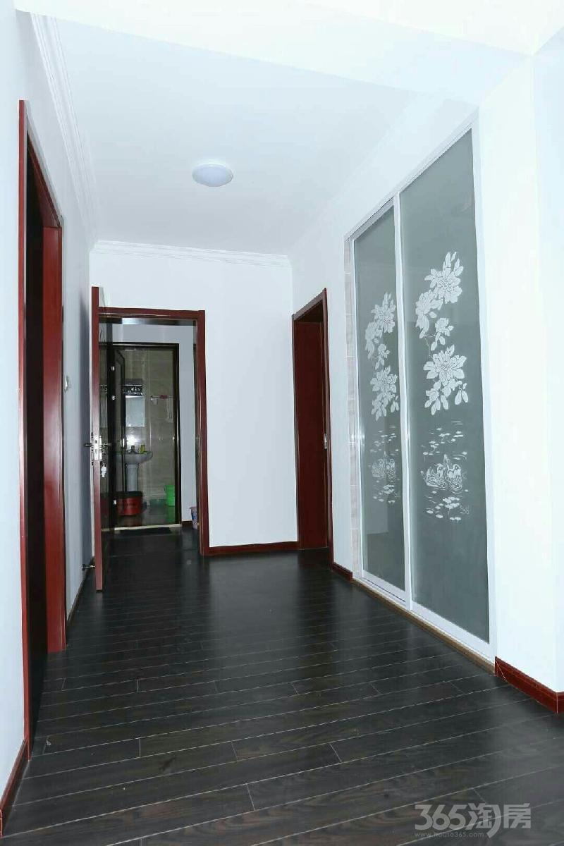 悦民公寓3室2厅2卫129.31平米2009年产权房精装