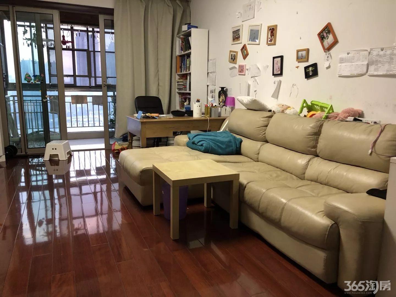 世茂滨江新城3室2厅2卫149平方产权房精装