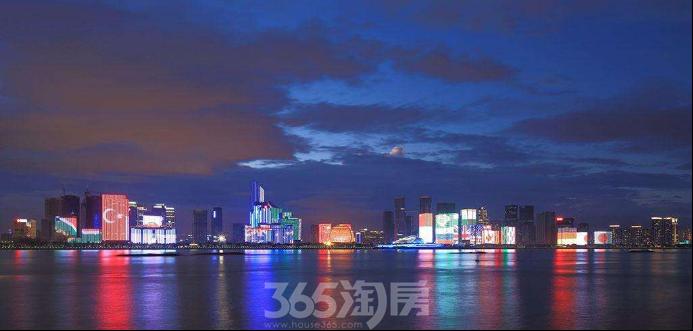 钱江新城灯光秀实景图