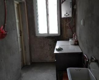 江南春城,黄金楼层,1室1厅,希少的小户型房子,菜市场在小区,