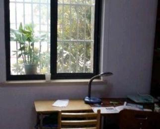 桐城路45中大门对面3室1厅1卫65�O整租精装