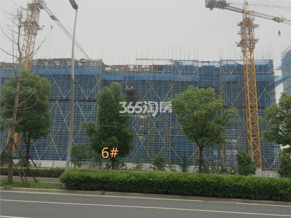 绿地华侨城海珀滨江6#实景图(5.18)