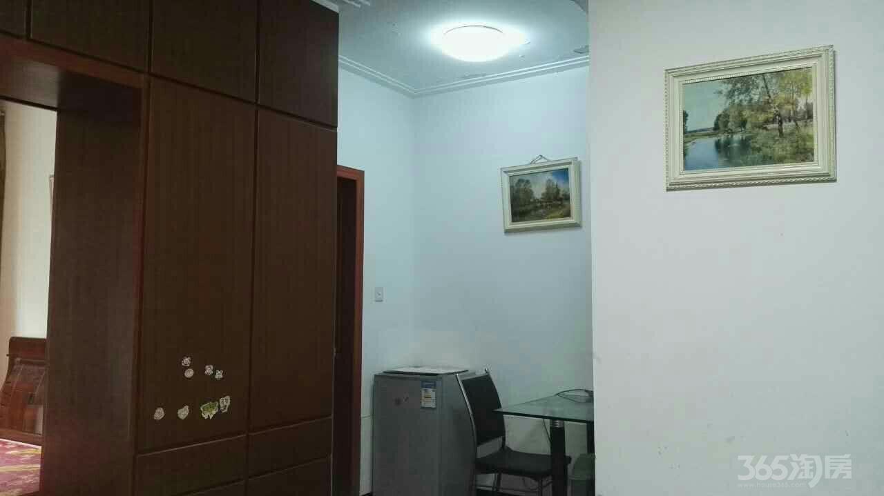 金百国际1室1厅1卫38平米整租中装