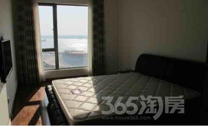 世茂滨江花园1室2厅1卫88平米精装产权房2011年建满五年