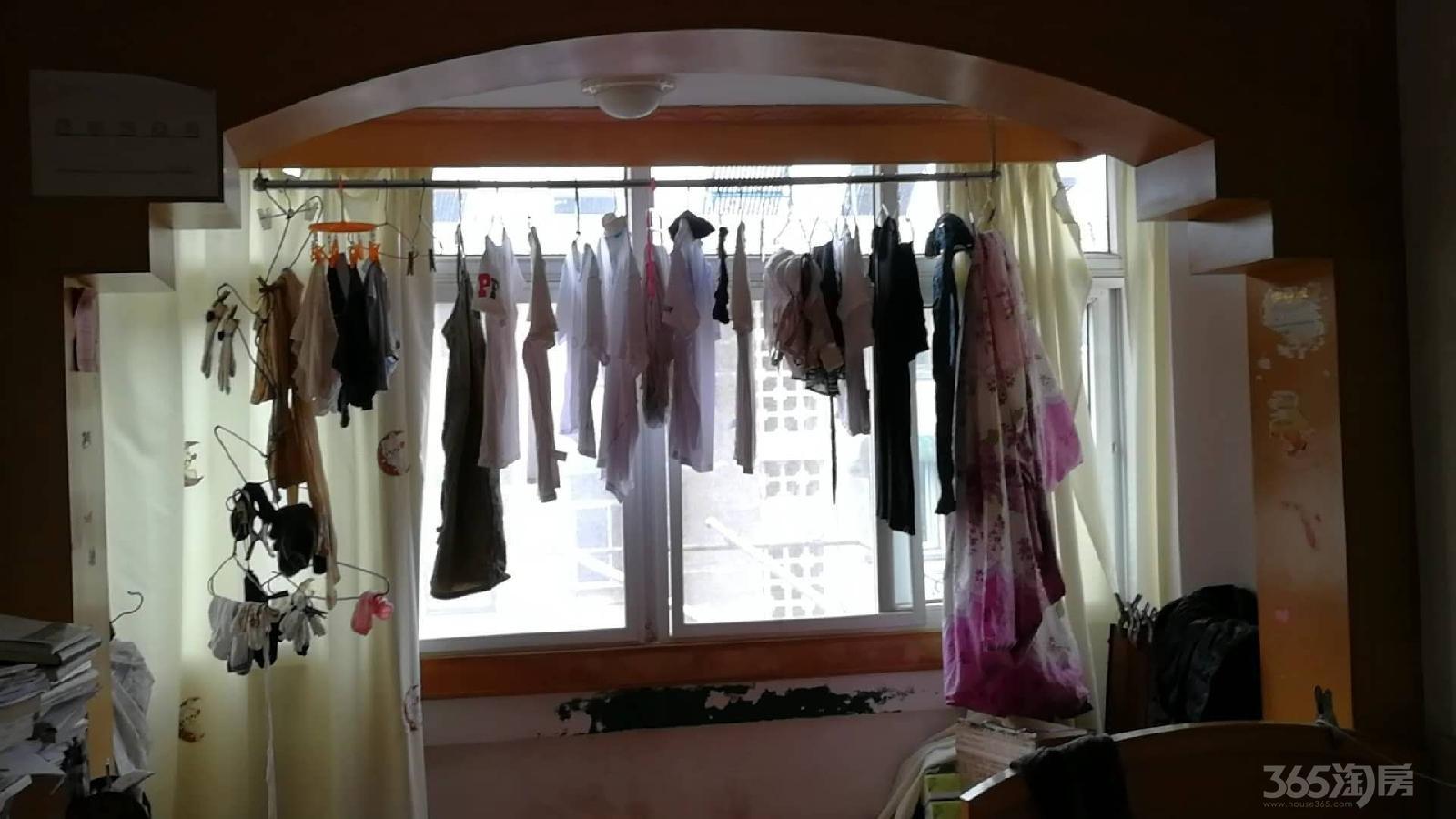 杏园小区2室1厅1卫60平米整租精装
