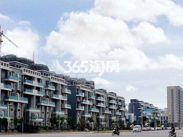 荣华碧水蓝庭二期社区楼栋实景一览(2017.10.11)