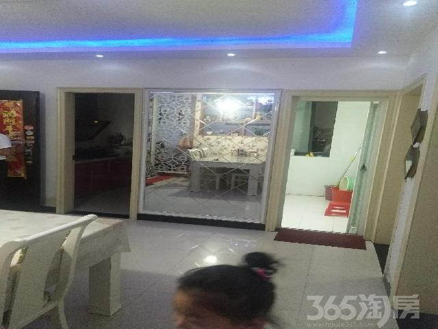 裕坤丽景城2室2厅1卫91�O2010年产权房精装