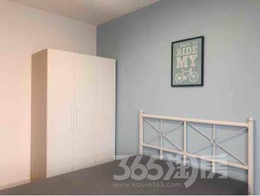 翰香苑4室2厅2卫156.00㎡300.00万元
