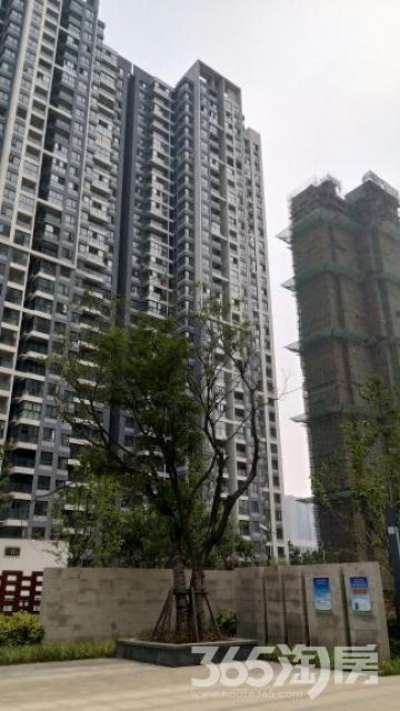 发能凤凰城2室2厅1卫93平米2012年产权房毛坯