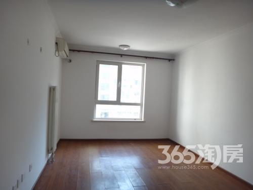 凤城四路移动小区3室2厅2卫200�O整租精装
