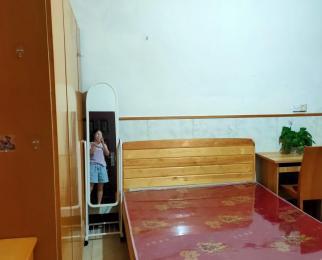五联西苑1室0厅1卫23平米整租中装
