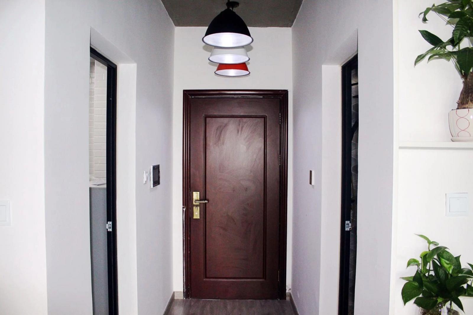 水墨兰庭1室2厅1卫50�O整租精装
