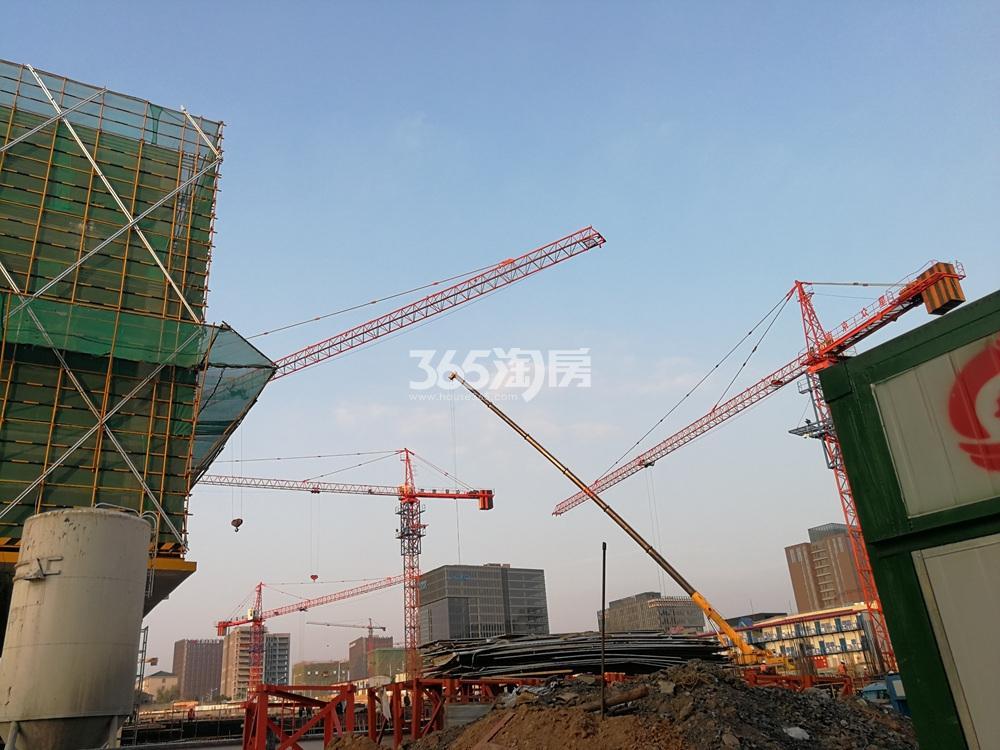 建发紫悦广场在建实景图(12.27)