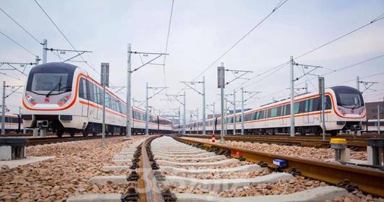地铁2线运行(源自网络)