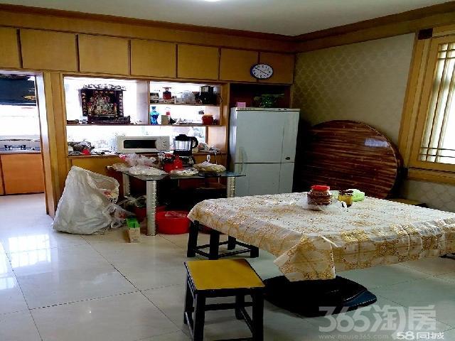 泰山社区3室2厅1卫108�O1998年产权房中装