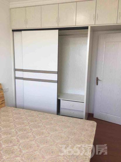 华庭广场2室1厅1卫60平米整租精装