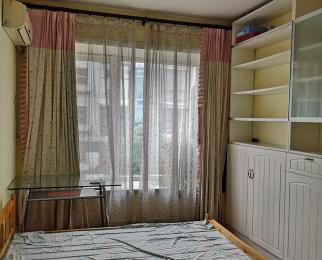 天泓山庄 丽山苑3室2厅2卫141平米精装整租