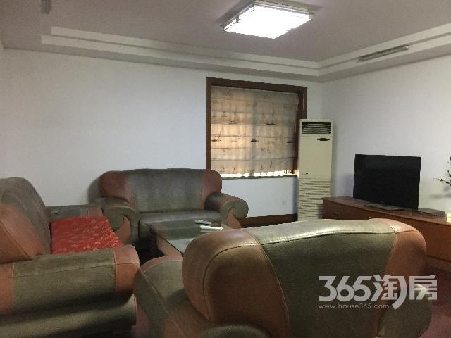 湖滨路798号太湖新城3室1厅1卫128㎡整租精装