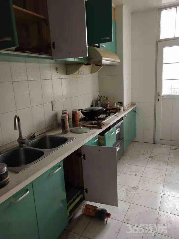昆山格兰公寓3室2厅2卫149.06�O