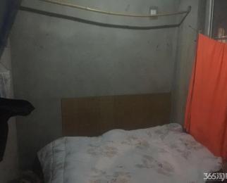 清华名苑3室2厅1卫89平米毛坯整租