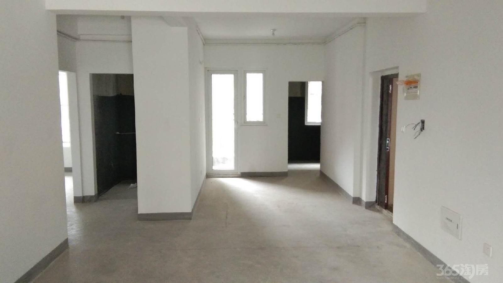 东方蓝海2室2厅2卫106平米低价卖学区房