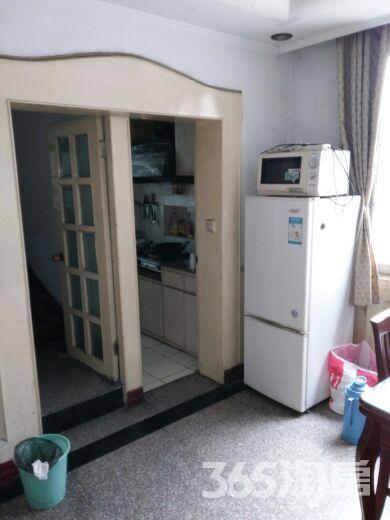 天宁红梅新村4室2厅2卫45�O