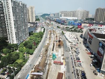 大桥北路 改造施工忙 预计与长江大桥维修工程同步完工