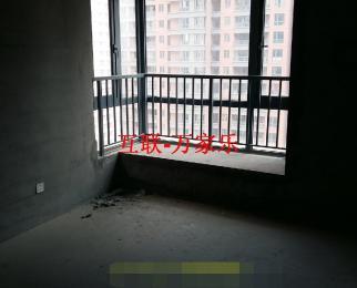 华强广场8/33.白坯117平米3房1厅1000元/