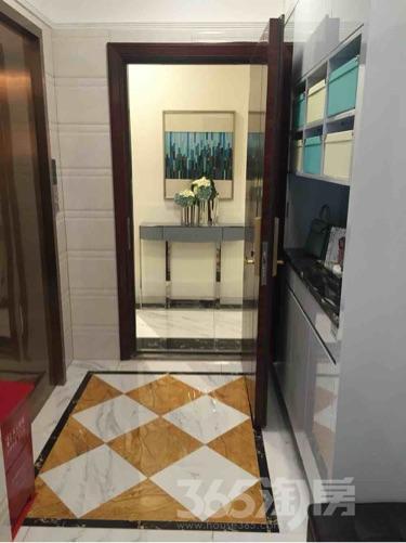 碧桂园滨江世家3室2厅1卫90平米精装产权房2017年建